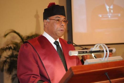 Ray Guevara destaca dignidad mujer dominicana