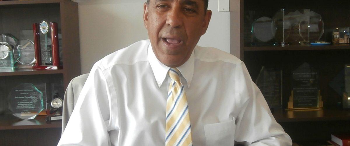 Espaillat apoya rechazo Pacto Migratorio