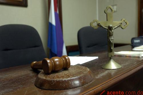 Coerción imputado acusan golpiza mujer