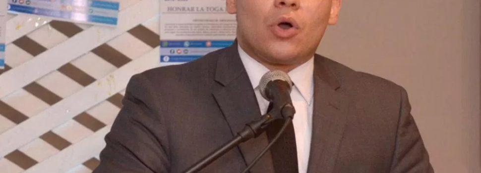 Apoyan candidatura presidencia abogados