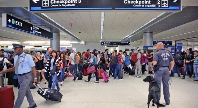 Aeropuertos se normalizan en Florida