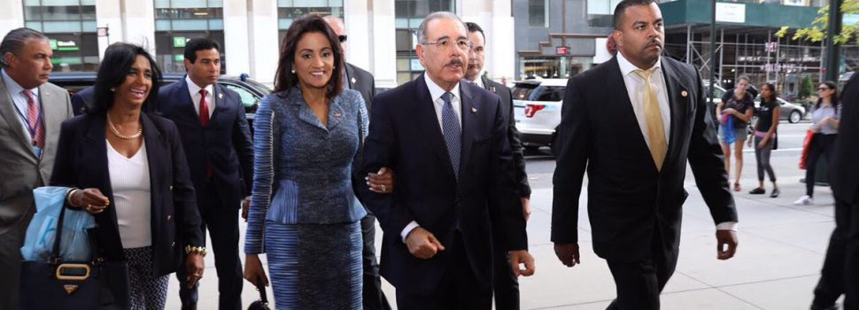 Medina llega a participar asamblea ONU