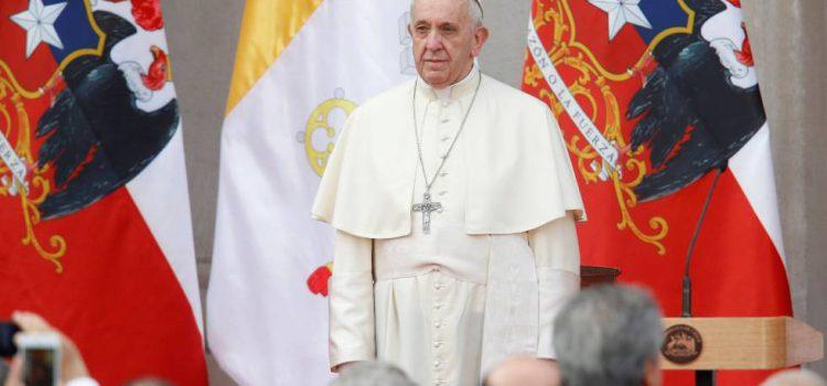 Papa Francisco anima a jóvenes del mundo