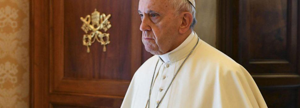 Papa Francisco dice hambre es una vergüenza
