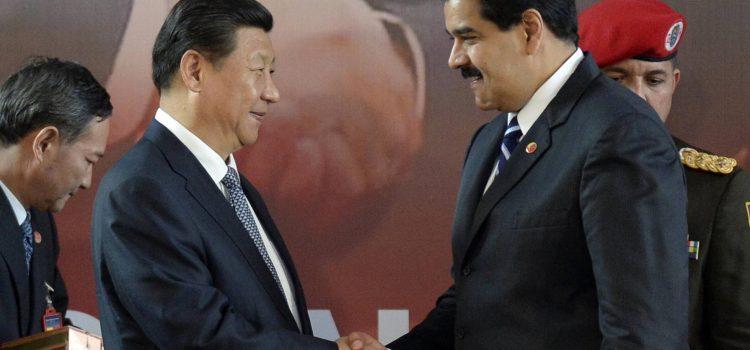 Dicen China suspende préstamos a Venezuela