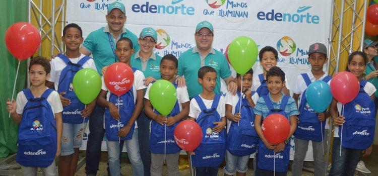 Edenorte entrega mochilas y útiles escolares
