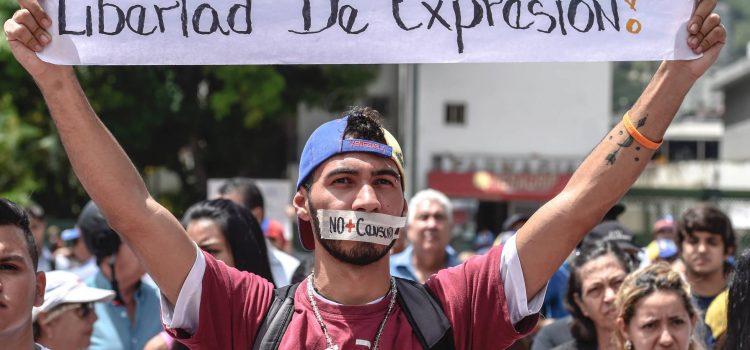 Dicen Maduro acentúa censura prensa