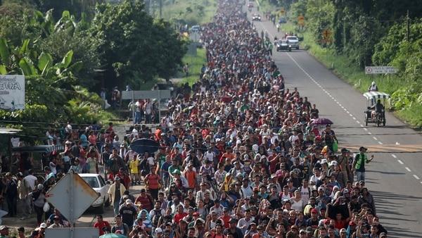 """Trump: """"Guardias están esperando la caravana"""""""