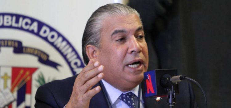 Cónsul niega aumento costo de pasaportes