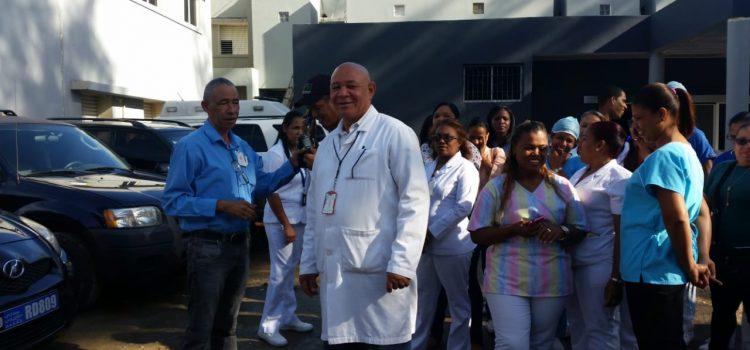 Trabajadores enfermería piden aumento salarios