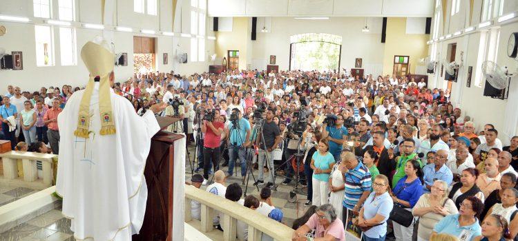 Arzobispo clama por mayor oportunidad a juventud