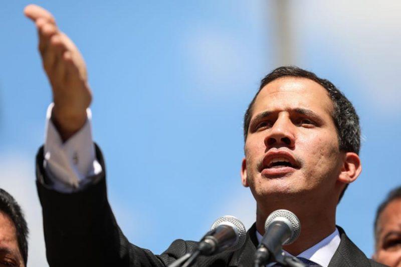 Guaidó llama movilización callejera a oposición