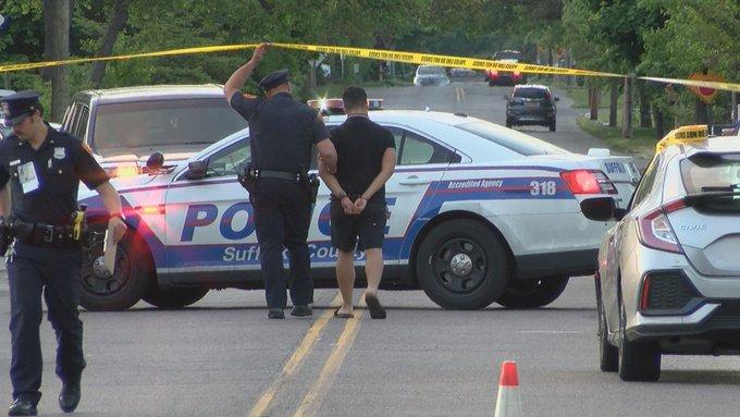 Niña es arrollada por vehículo en Long Island