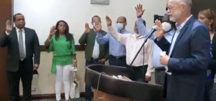 Dirigentes municipales PLD se van a Fuerza del Pueblo