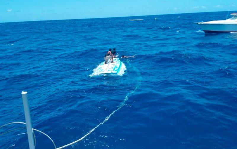 Rescatados y desaparecidos en un naufragio
