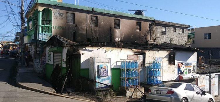 Fallece una adolescente por incendio ocurrió en vivienda