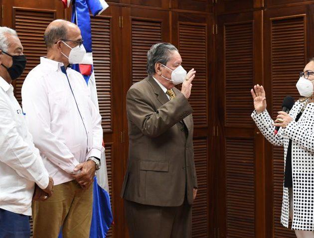 Conrado Asencio jura como el nuevo presidente de Coraasan