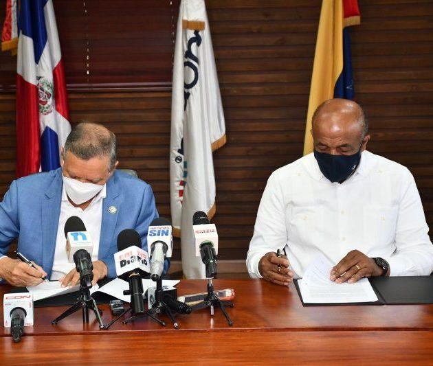 Refinería y Ministerio Energía y Minas firman un acuerdo