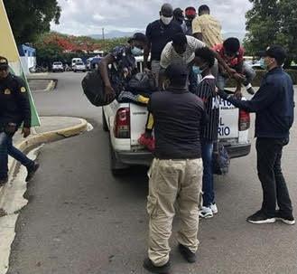 Dirección General Migración detiene y deporta haitianos
